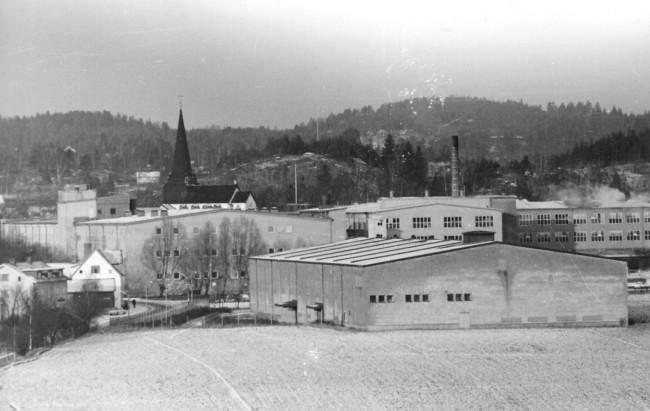 Kungsfors fabriker i början på 1960-talet. I förgrunden syns KSU (Kungsfors Spinneri Ute)