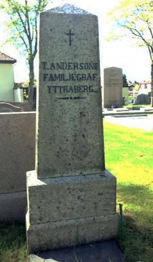 Gravstenen efter rengöringen, Torkel Andersson familjegrav