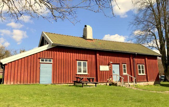 Anjougårdens Krukmakeri där också kakelugnar tillverkades.. Foto: Kjell-Åke Brorsson, april 2017.
